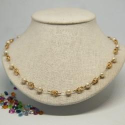 Gargantilla con perlas