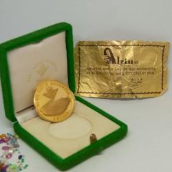 Moneda de oro de 22K,...