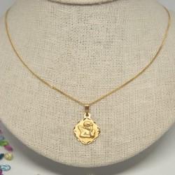 Medalla Querubín, con cadena