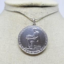 Moneda 20 escudos República...