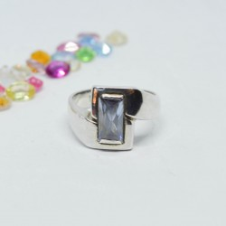 Anillo rectangular con...